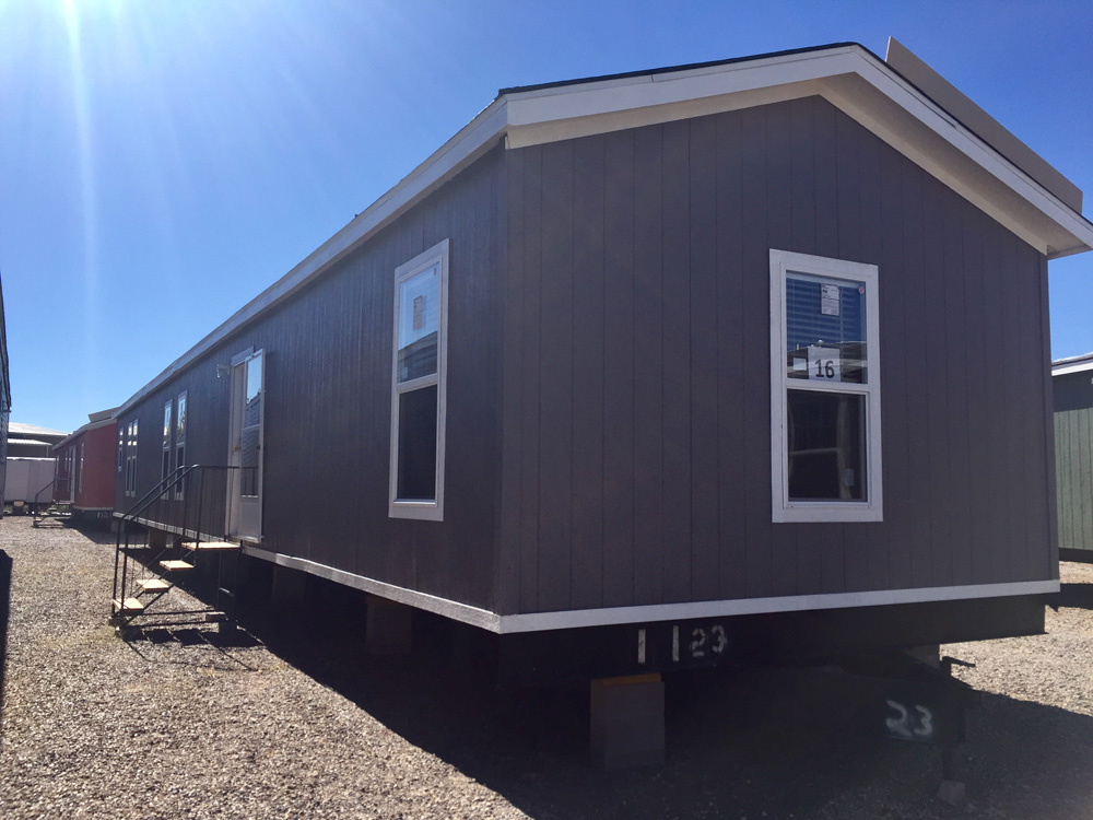 New Vision16X80 Mobile Home for Sale in Santa Fe, NM