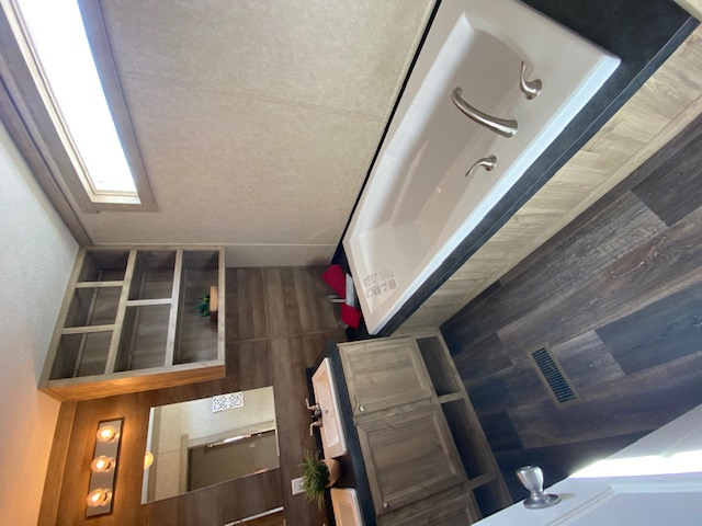 ClaytonREVOLUTION B 16X803 Bedroom