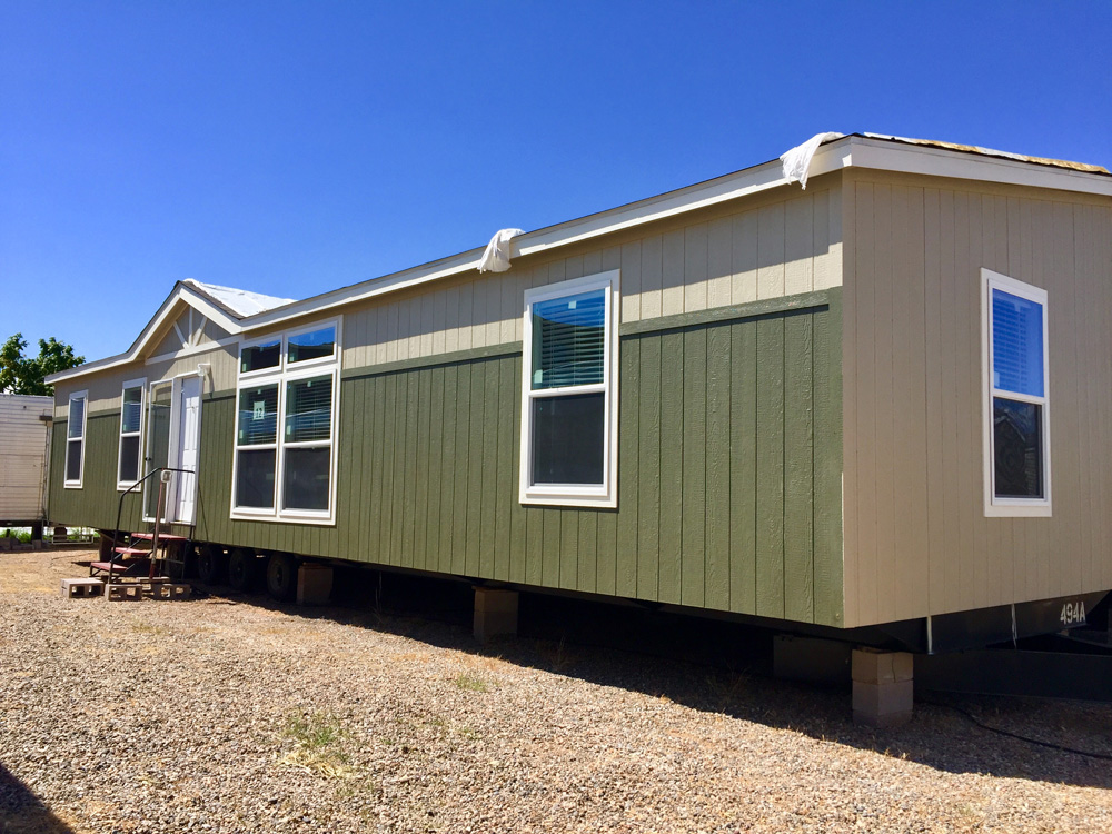 ChampionNEW 32X60 Mobile Home for Sale in Santa Fe, NM